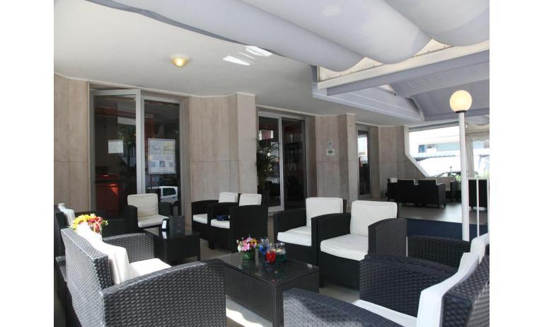 hotel BETTINA: bar terrazza