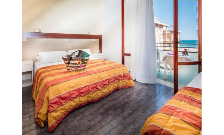 hotel BETTINA: Standard - balcone vista mare (esempio)