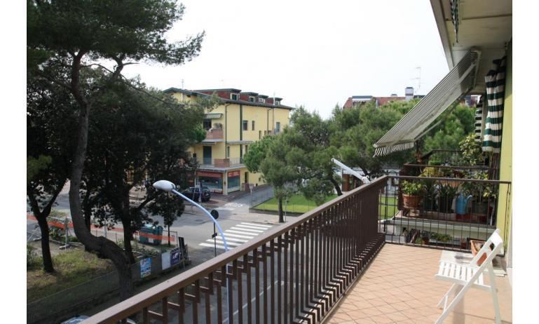 appartamenti NEREIDI: C7 - balcone (esempio)
