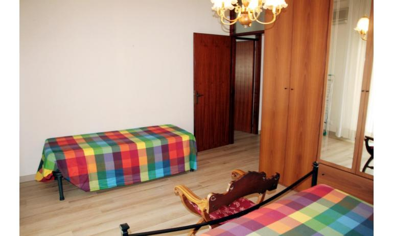 appartamenti NEREIDI: C7 - camera (esempio)