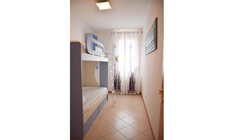 residence MILANO DUNE: C6 - camera con letto a castello (esempio)
