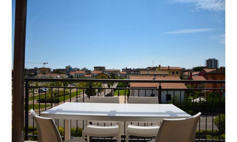 residence MILANO DUNE: C6 - balcone (esempio)