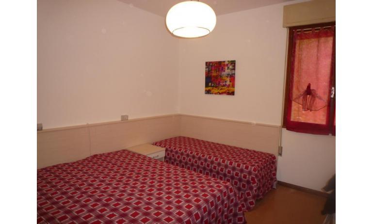 appartamenti GIARDINO: B5 - camera (esempio)